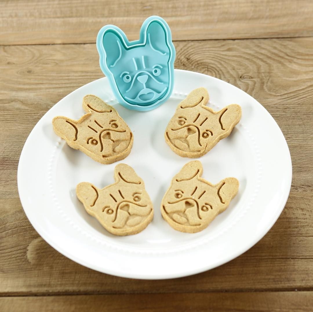 Pin By Rosanna Pansino On Baking Line Dog Biscuits Homemade Diy