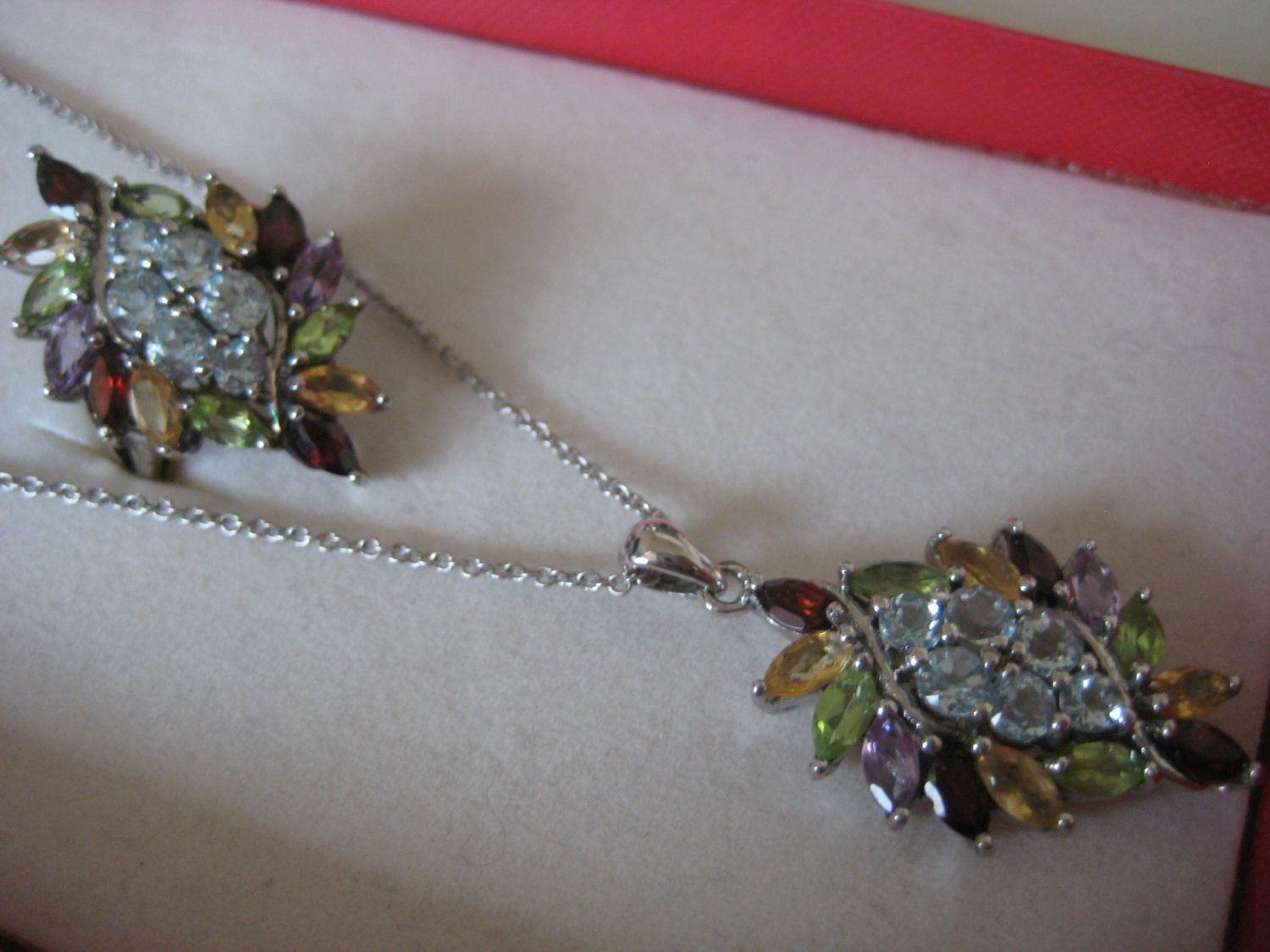 Photo of Multicolor Amethyst, Aquamerine, Peridot, Garnet vintage sterling silver necklace and ring Set, size 7