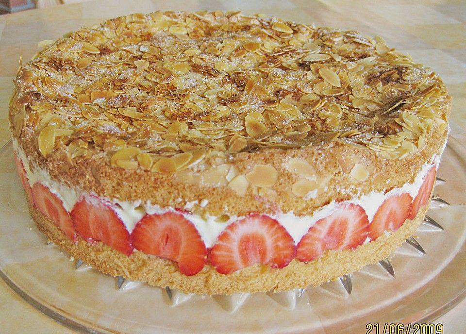 Chefkochde Rezept Pellwormer Bienenstich mit Erdbeeren Desserts - chefkoch käsekuchen muffins