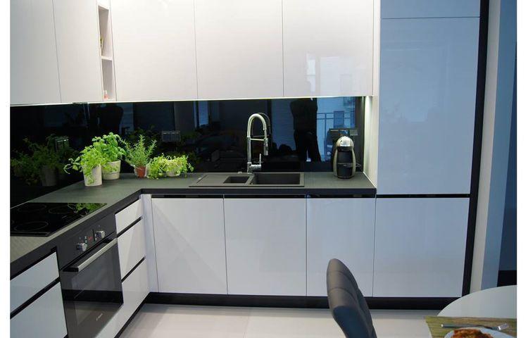 Biało Czarna Kuchnia Mieszkanie W 2019 Kuchnia