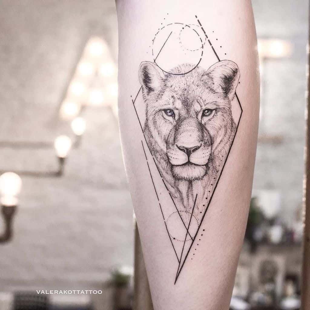 Top 18 Lioness Tattoo Ideas [18 Inspiration Guide]   Lioness ...