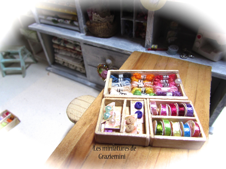 Miniature Dollhouse Thread Box With Thread 1:12 Scale New