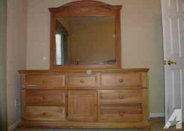 Best Bedroom Set Broyhill Fontana Queen Pillow Top 650 400 x 300