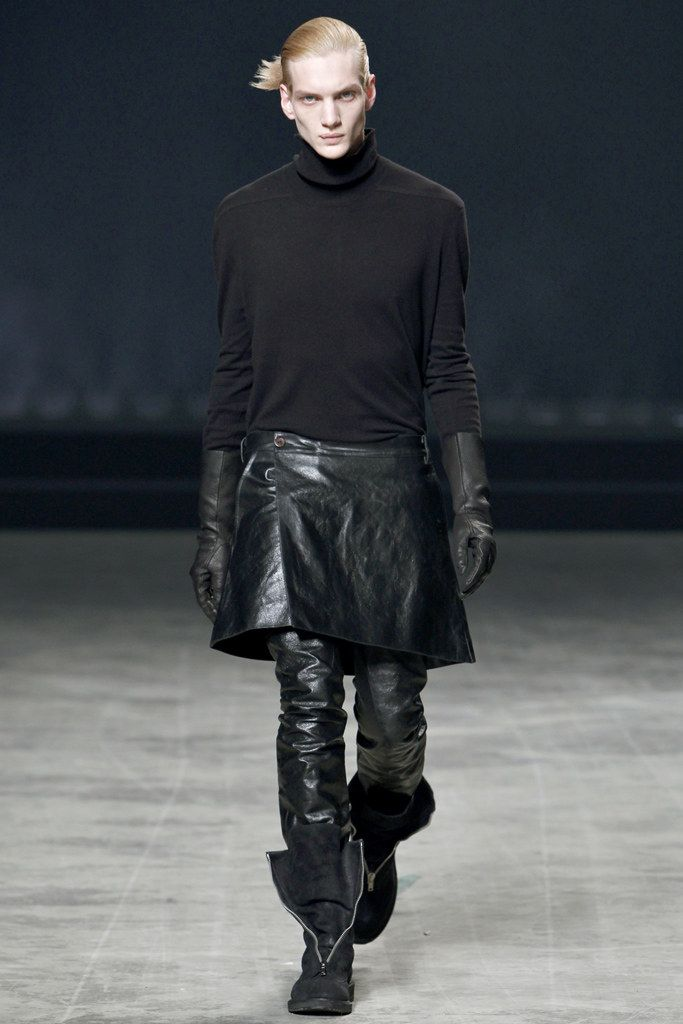 Rick Owens Fall 2011 Menswear Collection Photos - Vogue