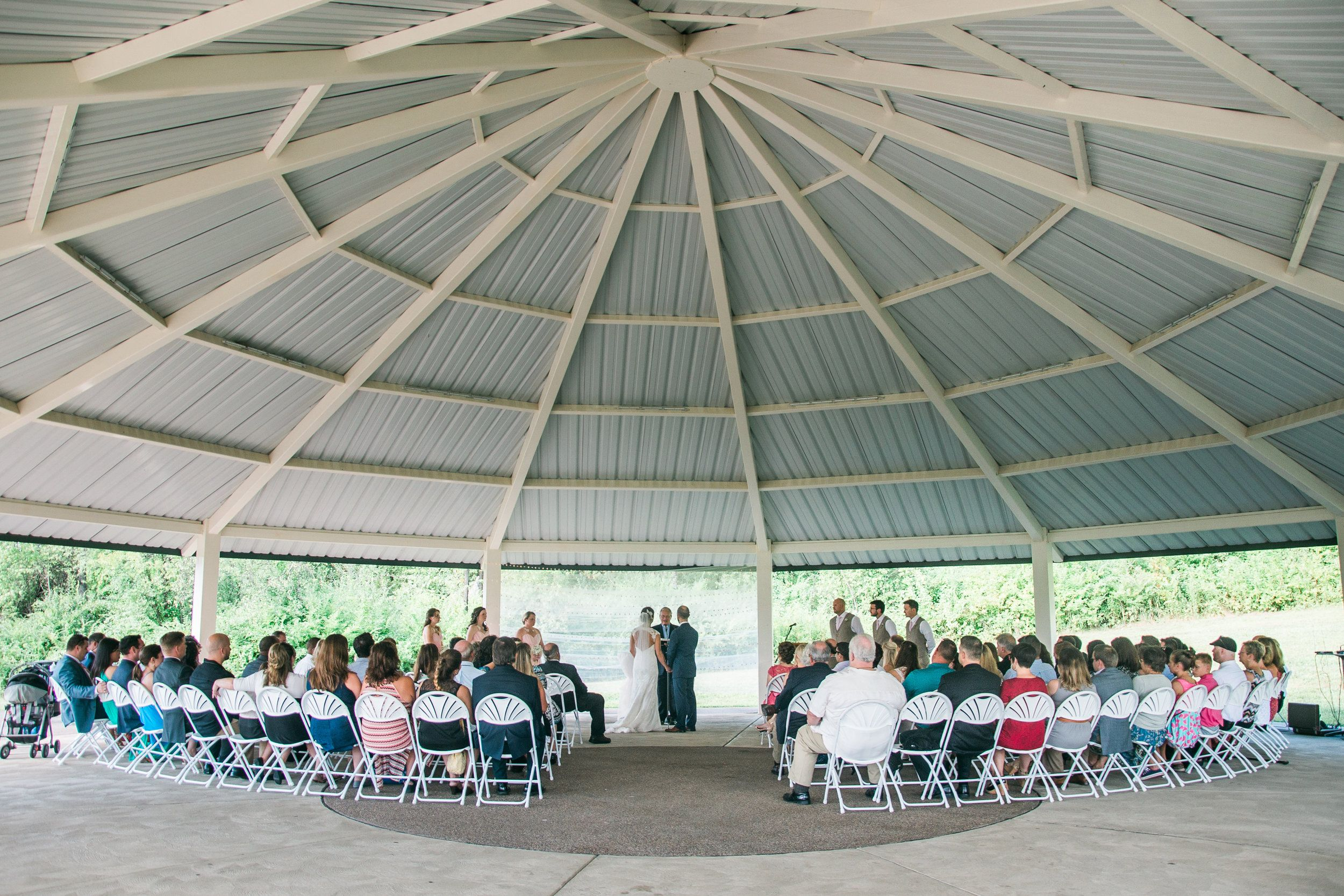 Allie Steve With Images Pittsburgh Wedding Venues Barn Wedding Pittsburgh Weddings