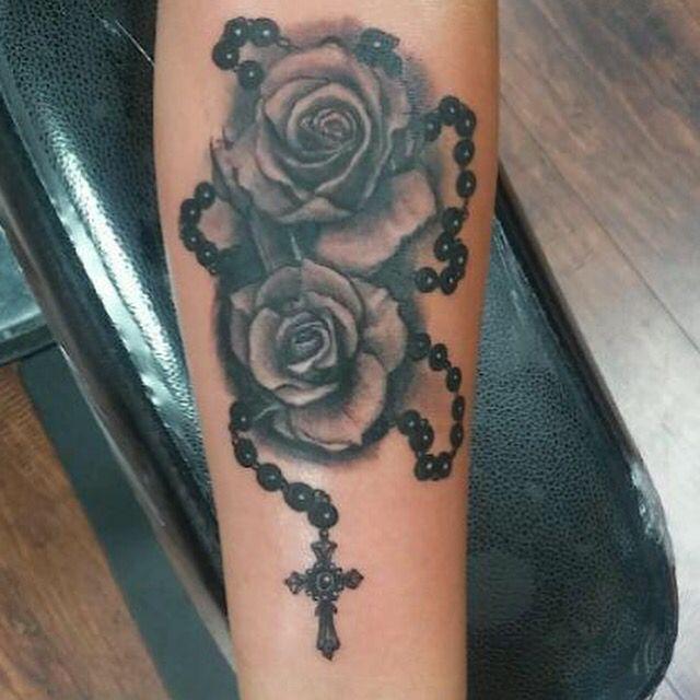 Roses And Rosary Tattoo Foot Tattoos Rosary Tattoo Roseary Tattoo