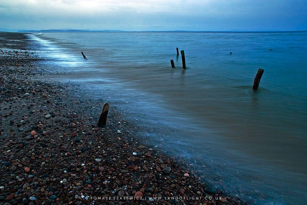 Findhorn Beach at dusk © Tomasz Szatewicz