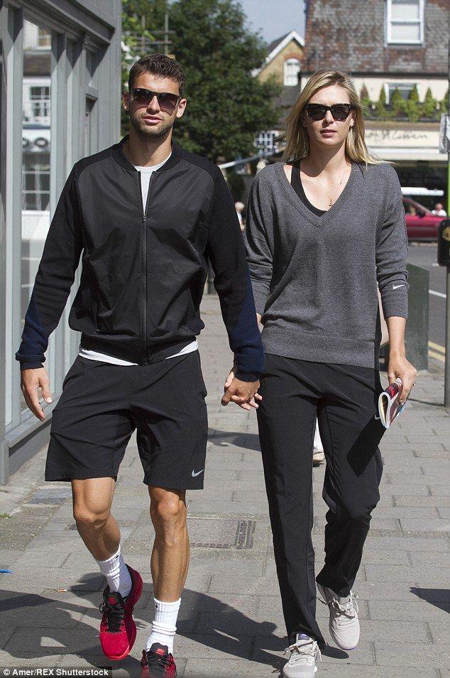 Maria Sharapova Boyfriend Kiss Maria Sharapova split ...