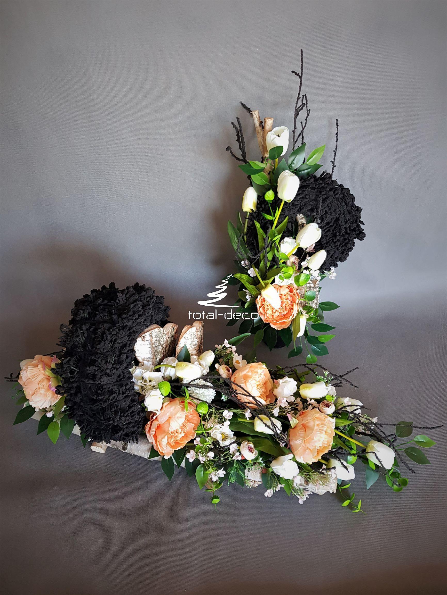 Wiazanka I Bukiet Nowoczesne Kompozycje Na Cmentarz Floral Wreath Floral Wreaths