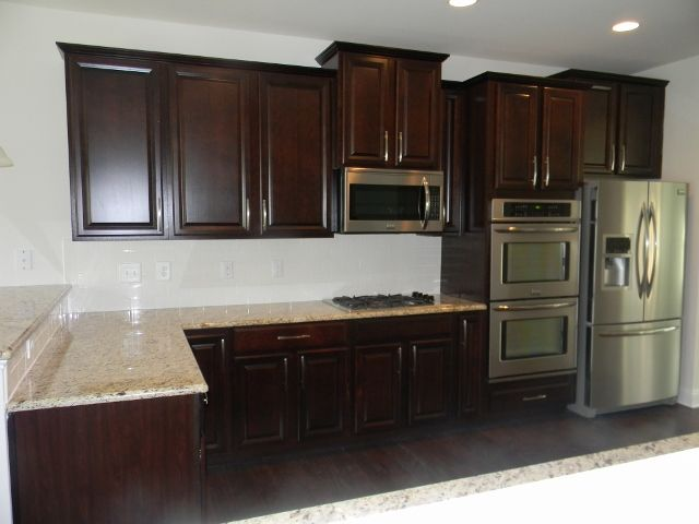 Ballentine Gourmet Kitchen   Timberlake Scottsdale Cherry Java Cabinets,  Giallo Ornamental Granite, Board #