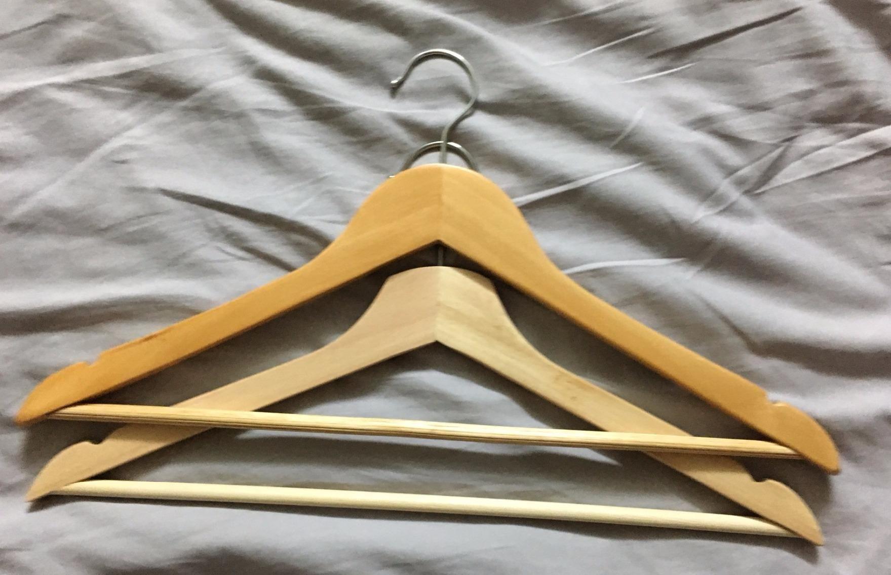 Amazon Com Amazonbasics Wood Suit Hangers 30 Pack Natural