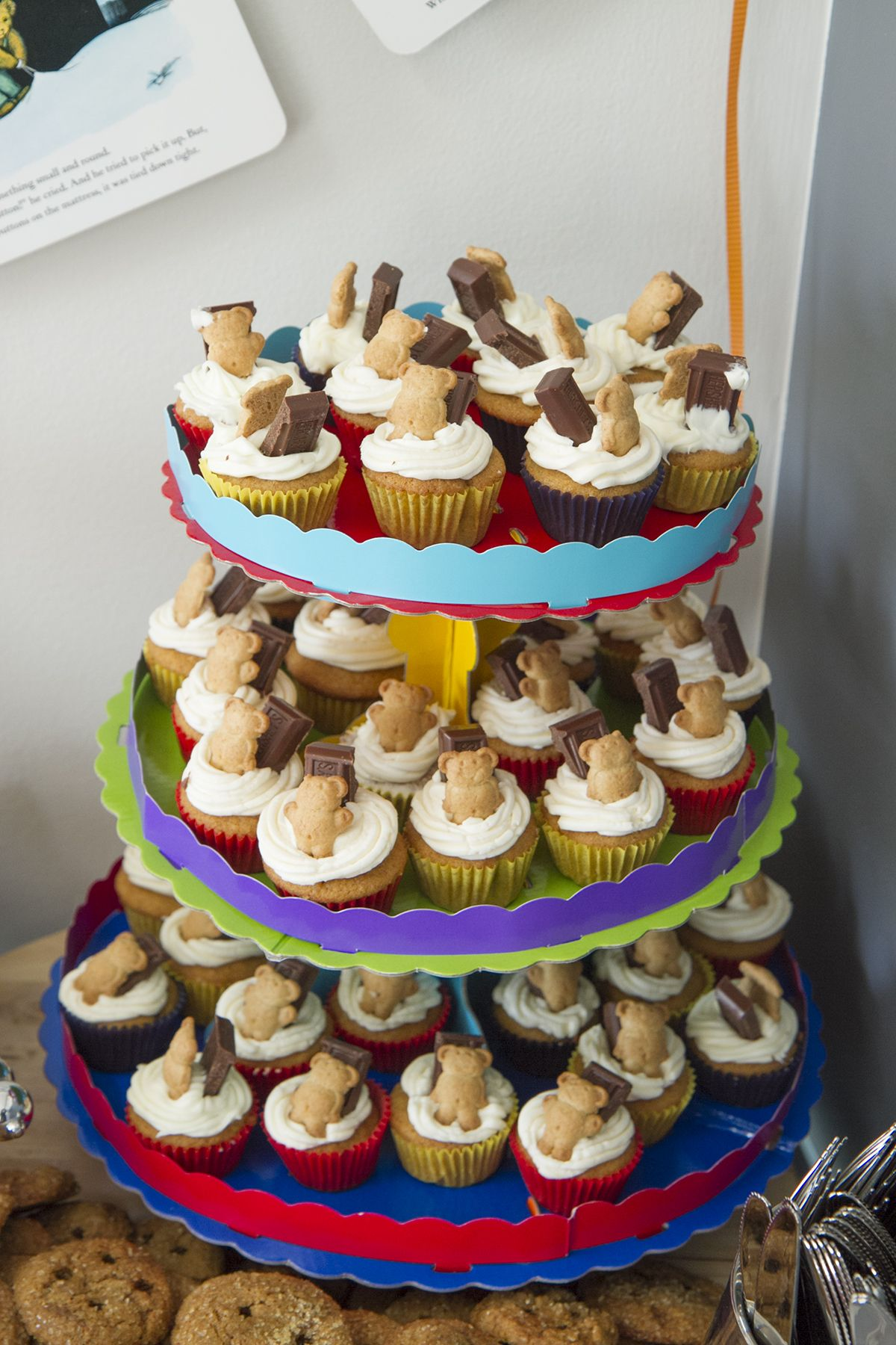 Mini Smores Cupcakes I Made Topped With Teddy Grahams To