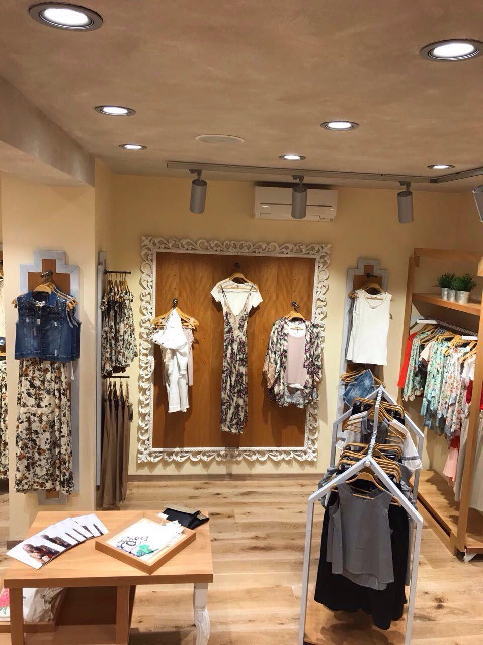 Flagship store monomarca Milano via Torino 51 #flagship #store #milano #fashion #nastyco #style