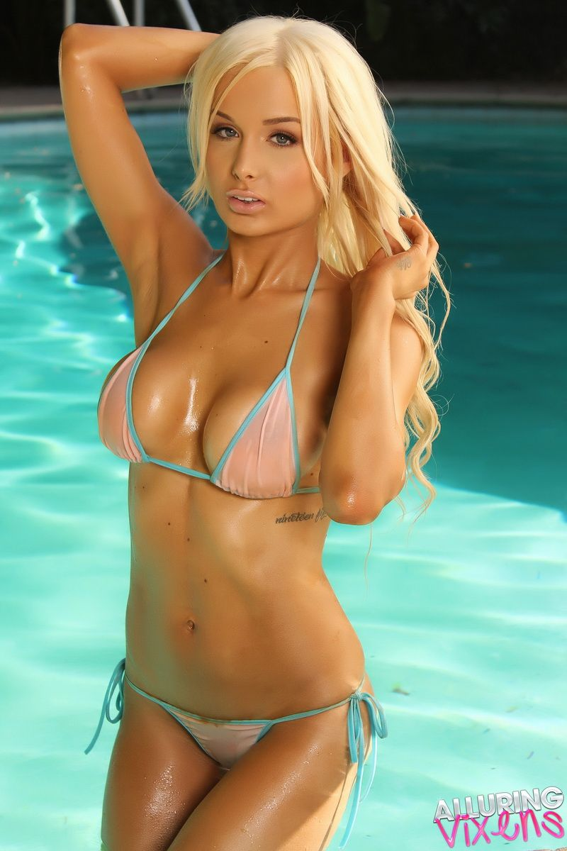 Hot blonde bikini models
