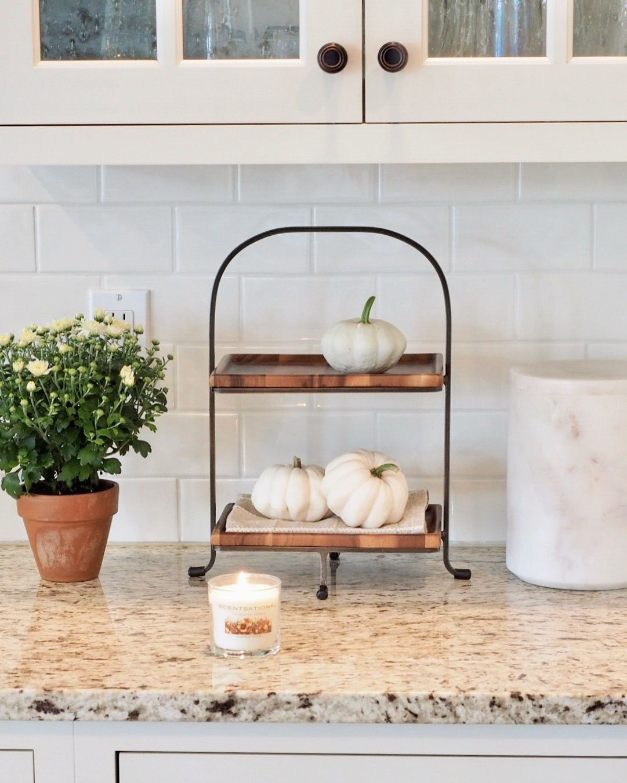 Simple And Crazy Ideas Marble Backsplash Pattern Distressed Beadboard Kitchen Tile Backsplash With Oak Off White Kitchens Giallo Ornamental Granite