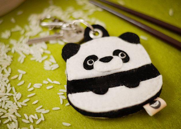Panda Schlüsselanhänger Schlüsseltasche | Schlüsseltasche, Schlüssel ...