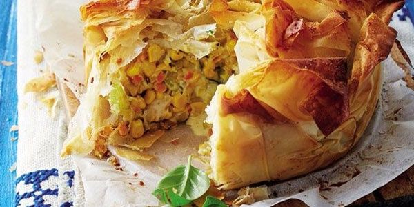 Creamy chicken pie with corn and basil