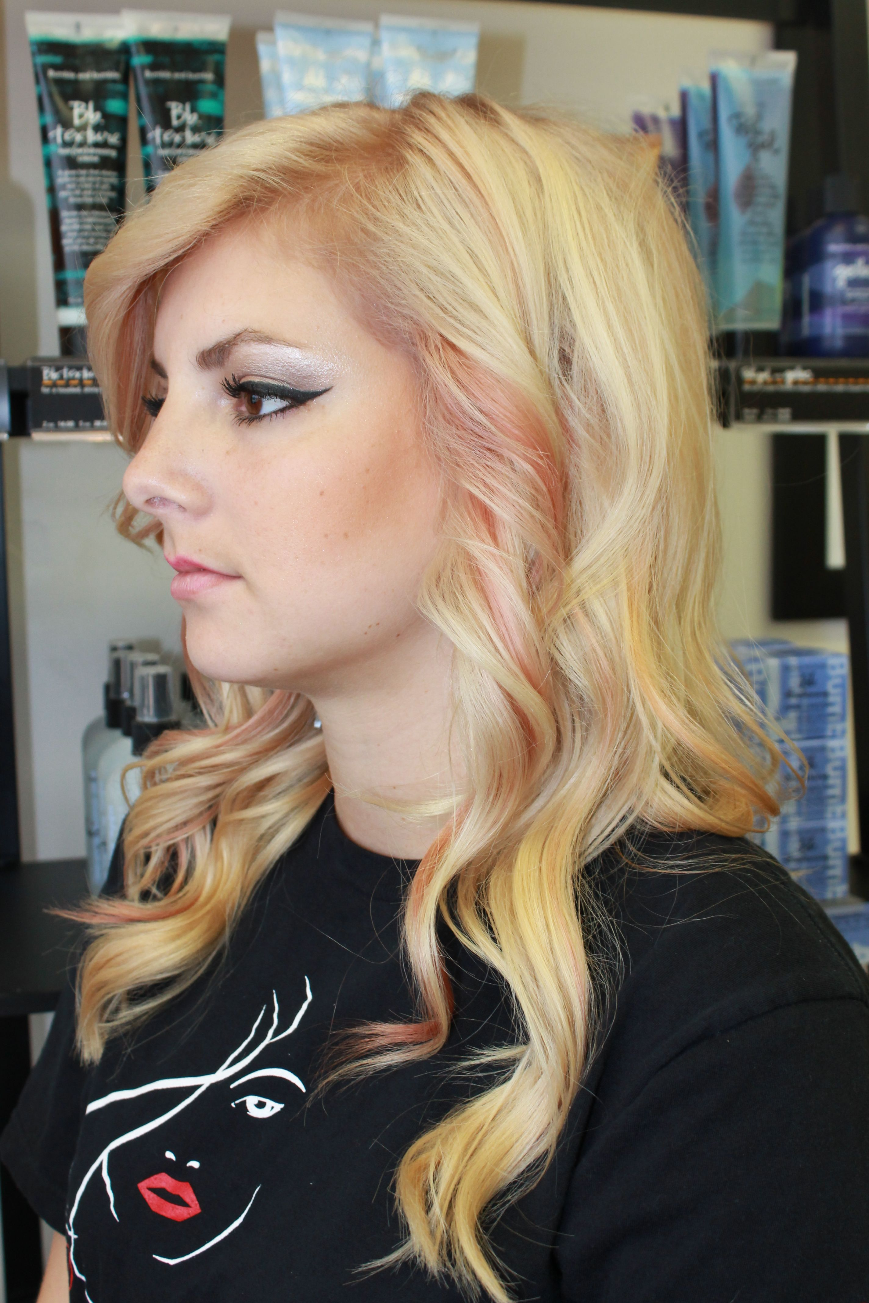 Peach and pink highlights