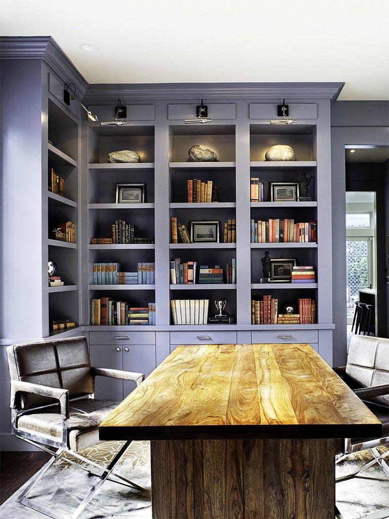 home office com biblioteca em azul claro | 书房 | Pinterest
