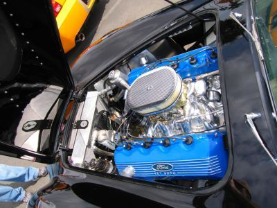 This is a NOS 427 cammer SOHC Ford engine in a cobra replica. Awesome