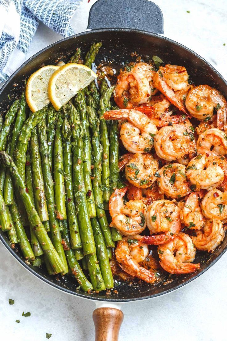 Photo of Lemon Garlic Butter Shrimp with Asparagus – So much taste and so easy to throw