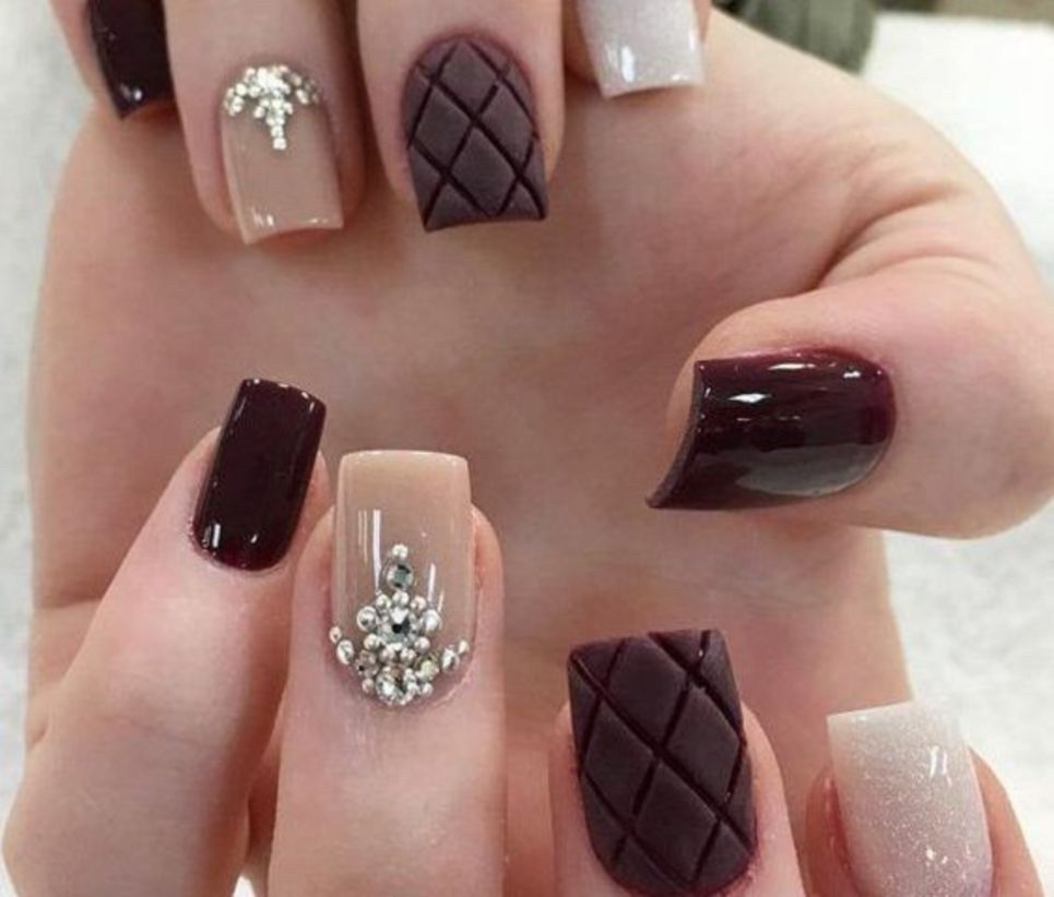 beautiful winter nails art design