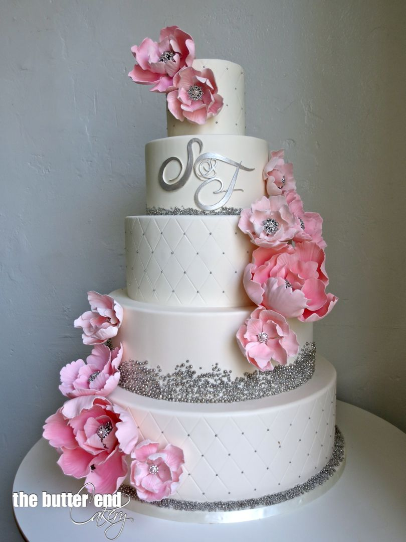 wedding cake ideas pink and white white and silver wedding cake with pink sugar flowers and 22931