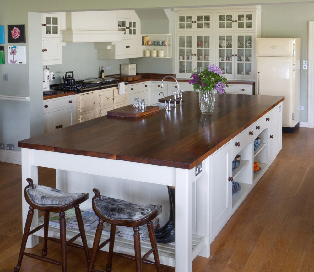 NAKED Kitchens | Anmer Hall | Gallery | Solid Wood Kitchen
