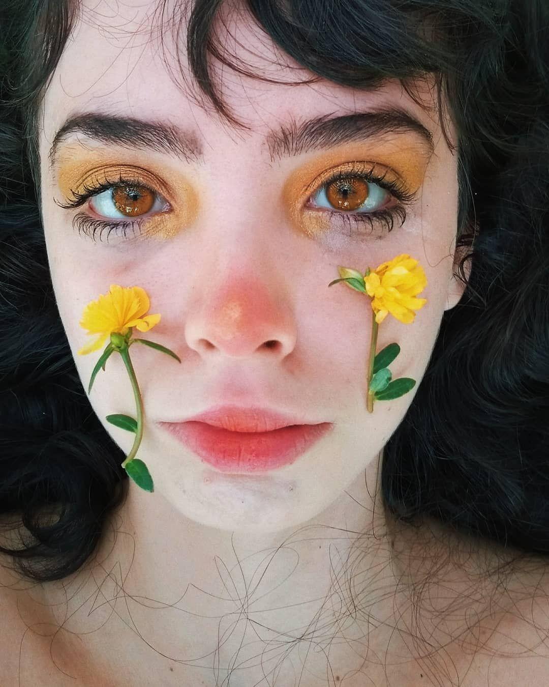 Aesthetic Girl No Face Shadow
