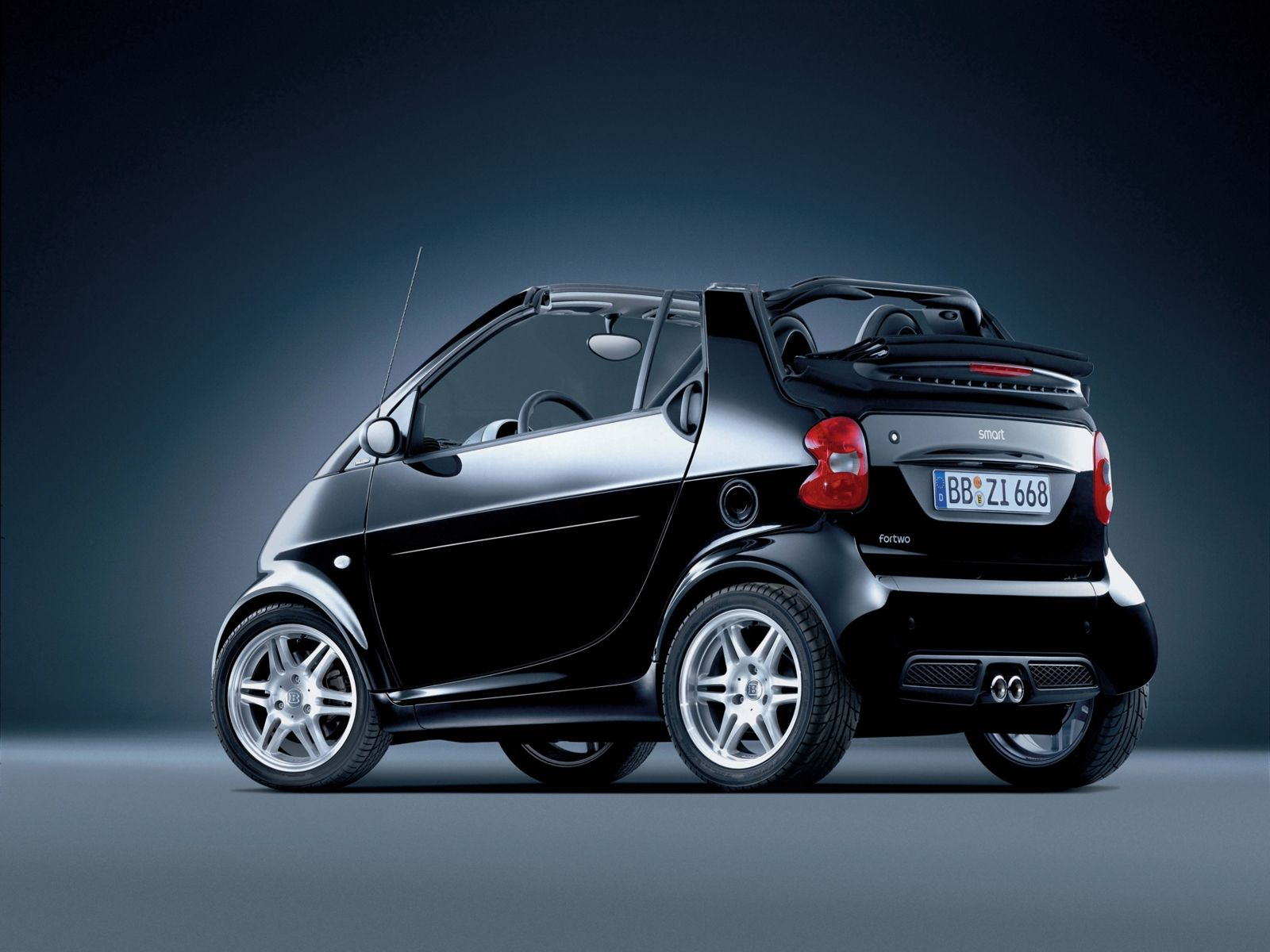 Cabriolet smart for two pure back side view