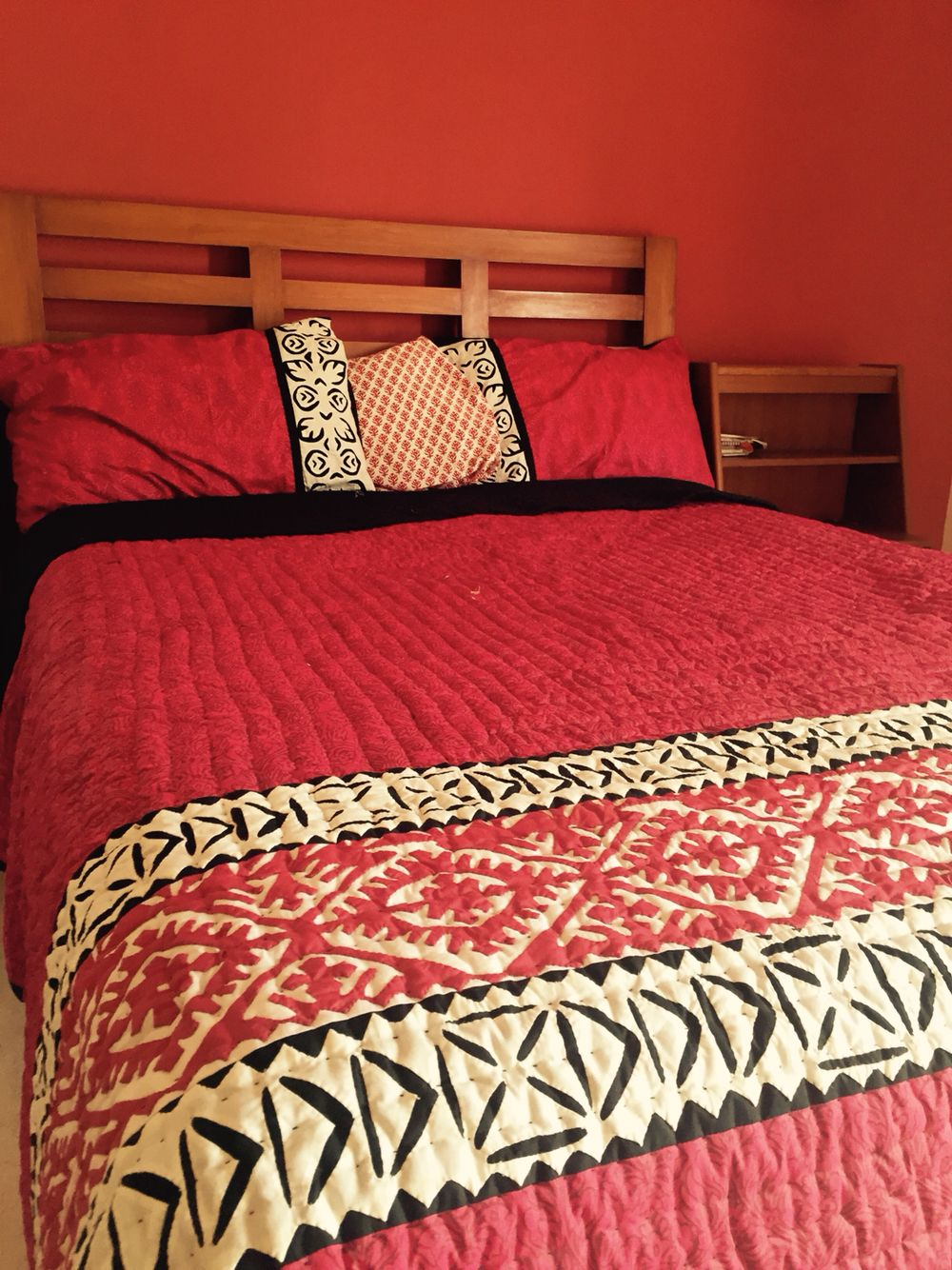 Bed sheets designs patchwork - Maroon With Black White Rilli