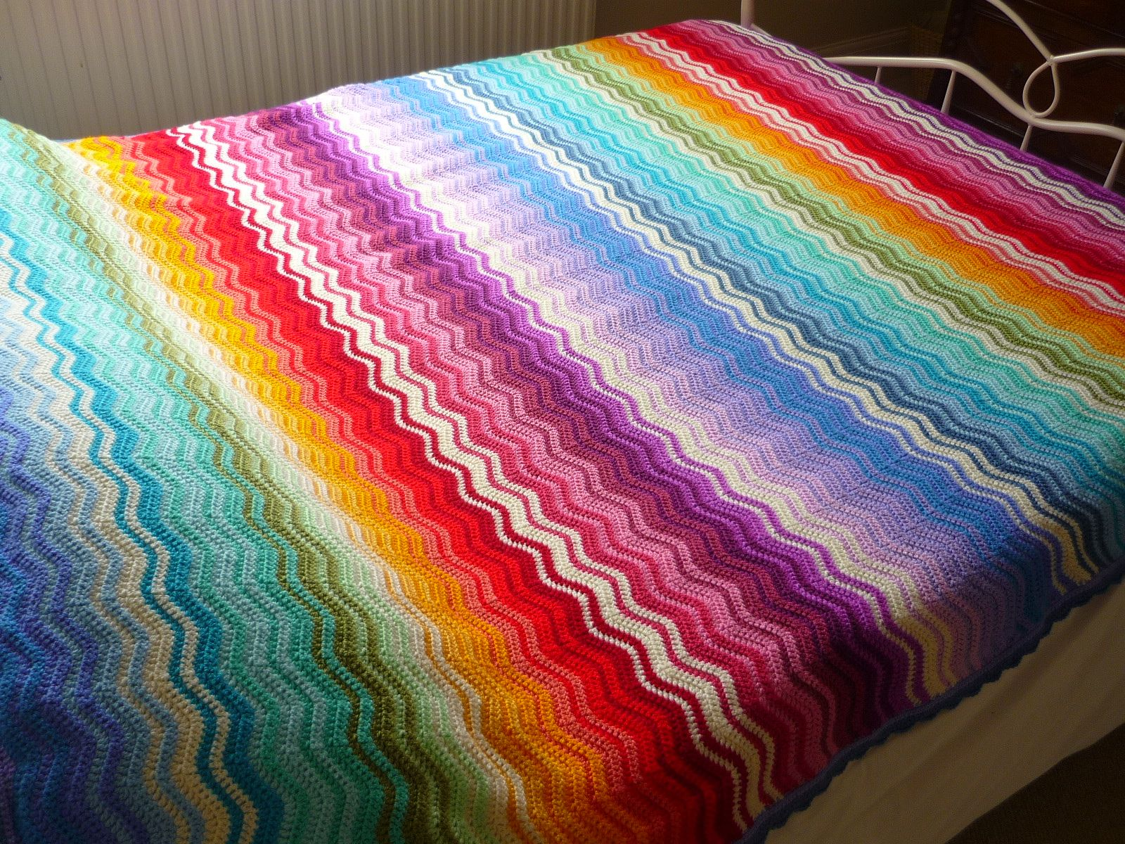 Gorgeous rainbow ripple throw by Fiona of the Knit Knat Knot UK blog ...