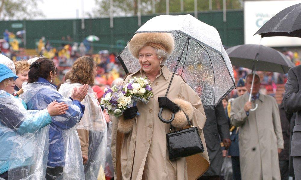 Queen Elizabeth makes the best dressed list – Royal Central