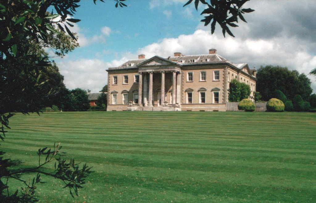 Famous Families A Bit Of Royal Battenberg Mountbatten Hicks Family History Broadlands Stately Home Old Mansions