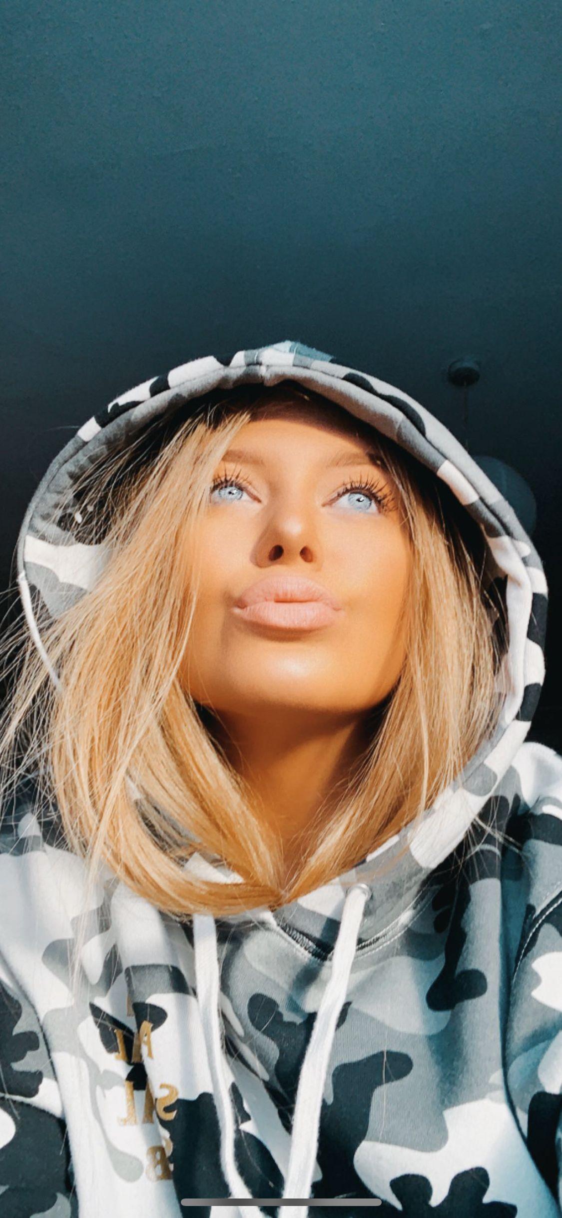 Camo Hoodie Blonde Hair Blue Eyes Tanned Girl Selfie Blonde Hair