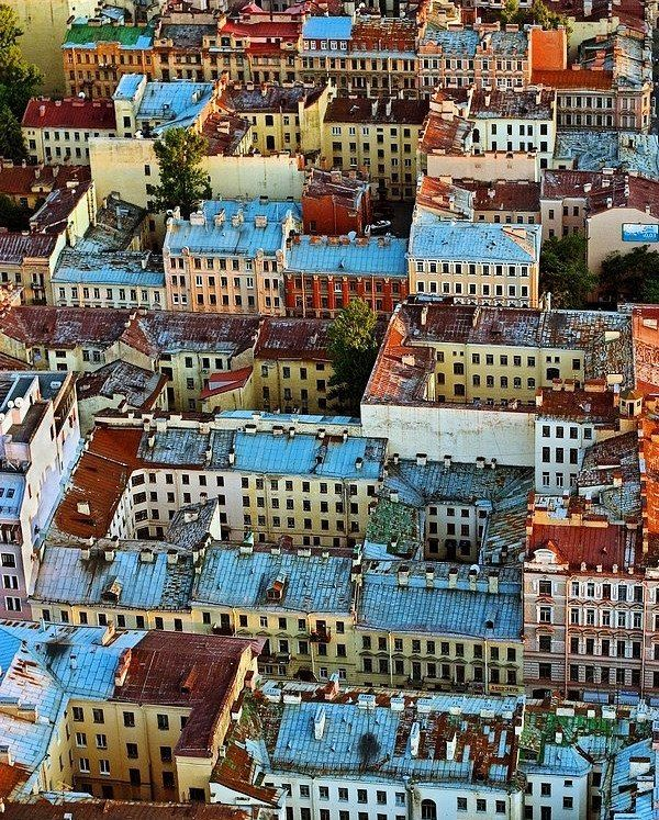 Петербургские крыши.    Автор фото: Александр Петросян (Petrosphotos).