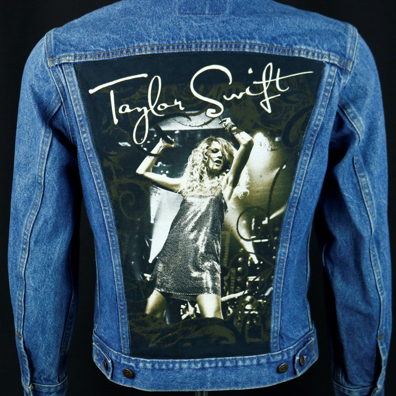 Taylor Swift Levis Denim Jacket Blue Jean Trucker Concert Tour Usa 38 Mens Small Denim Jacket Tour Shirt Levi Denim Jacket [ 3000 x 3000 Pixel ]