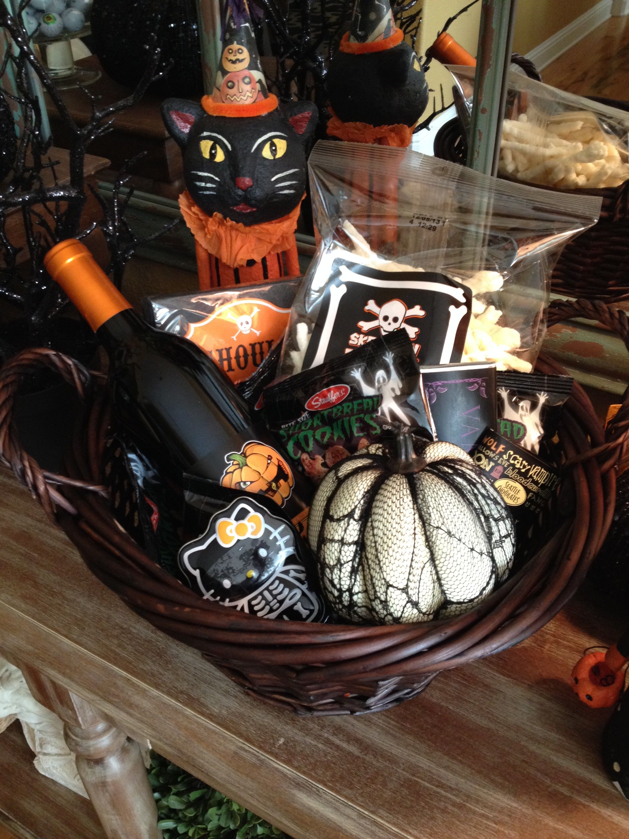 Halloween Gift Basket For Teacher…Or Neighbor…Or Best Friend ...