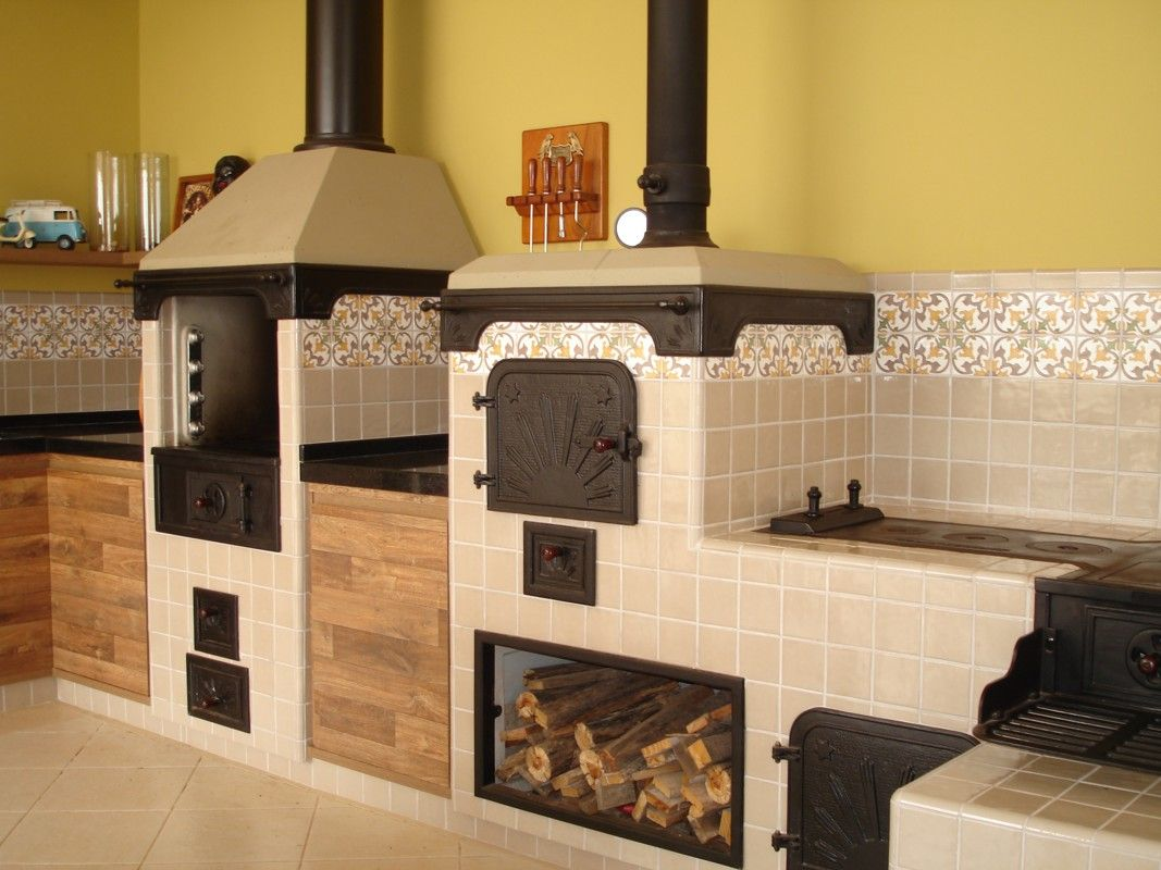 Gourmet kitchen with plenty of counter space the business pinterest cocina gourmet - Hornos para casa ...