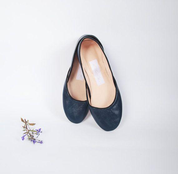 d921745fdda7 Soft leather ballet flats Navy blue by thewhiteribbon on Etsy