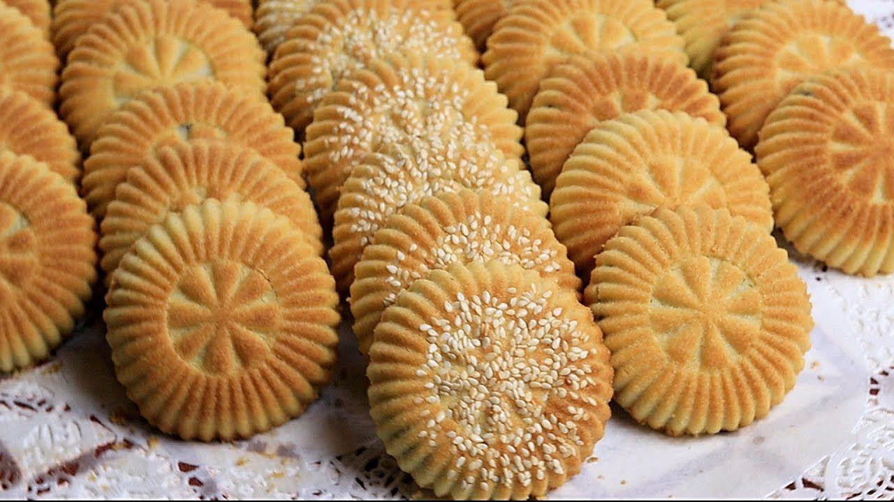 وصفة معدلة لفيديو معمول التمر السابق بالسمنة وبالاكواب تحت طلب المتابعات Sweet Sauce Cooking Cream Arabic Sweets Recipes