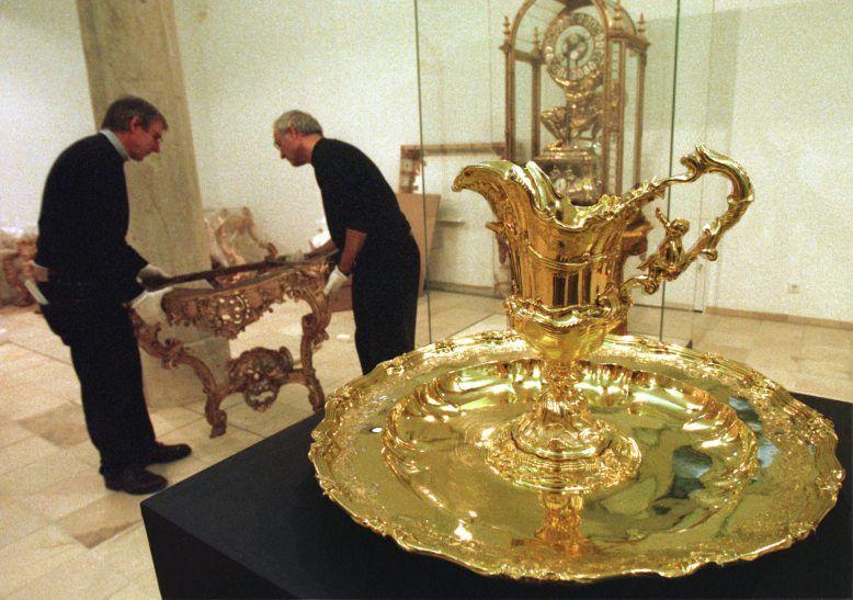 Bayern bekam anstelle von Barem den 2200 Stücke umfassenden Hofschatz im damaligen Wert von 45 Millionen Mark.