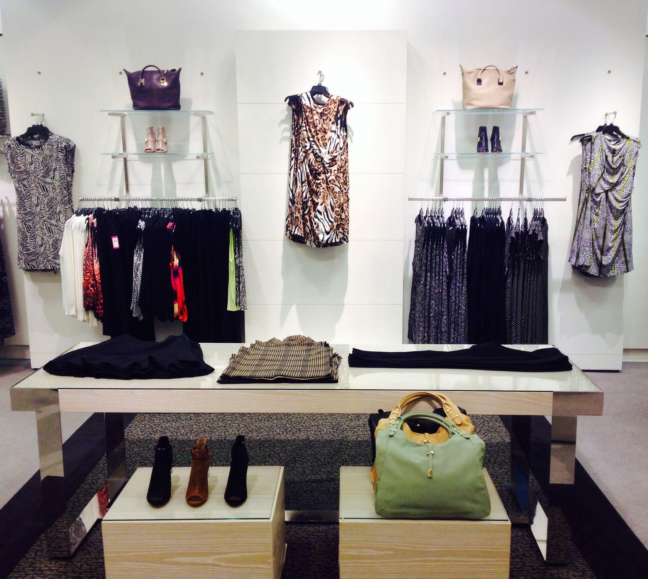 Vince Camuto With Cross Merchandising 8 14 Wardrobe Rack Home Decor Decor