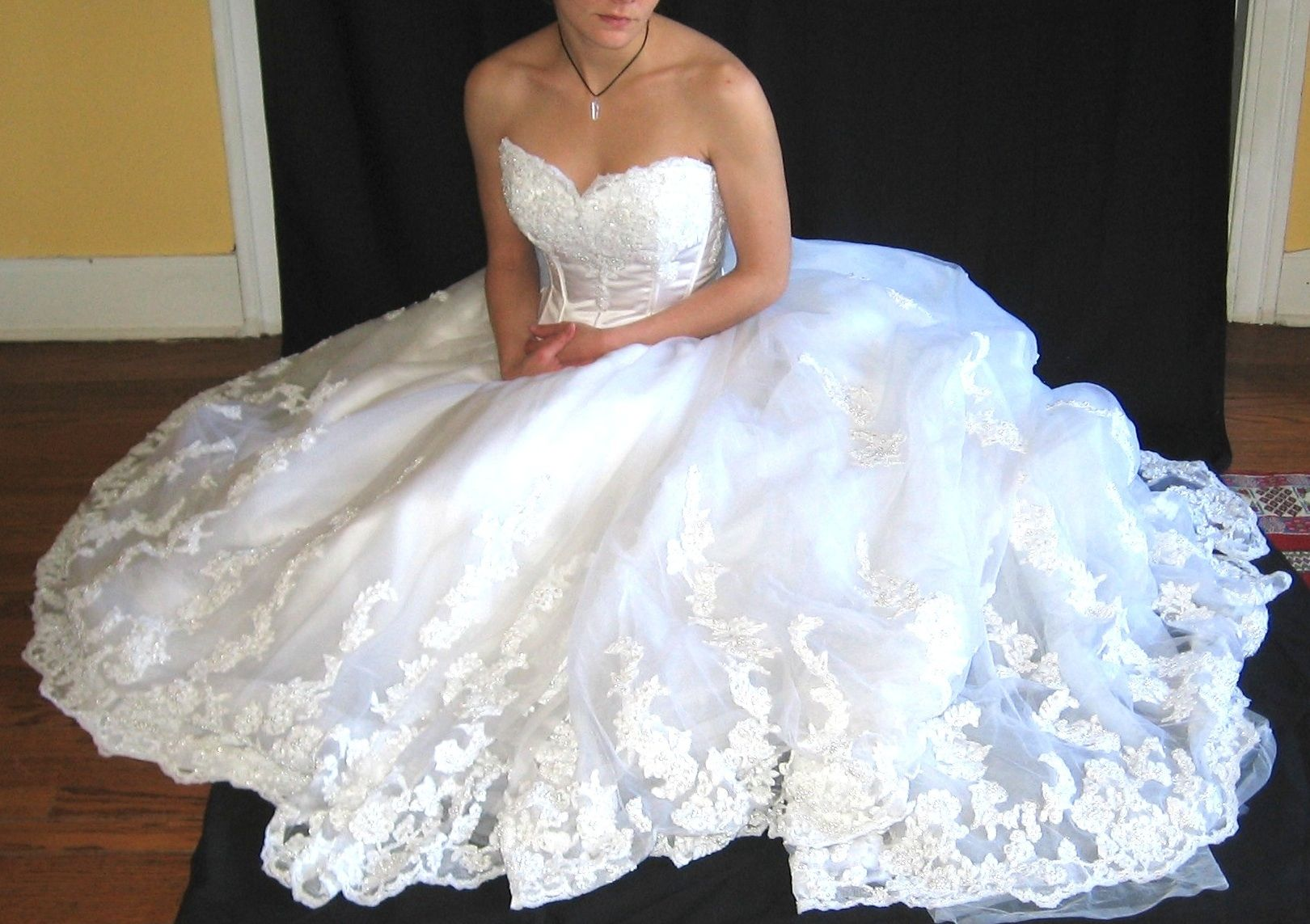Yes You Can Wash And Dry Your Wedding Dress At Home Clean Wedding Dress Diy Wedding Dress Wedding Dresses