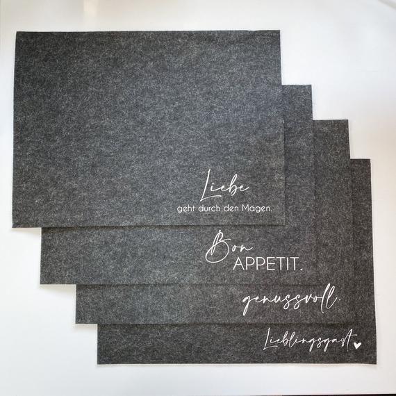 Tischset, Untersetzer, Platzset aus Filz mit Aufschrift – individualisierbar – Geschenkidee