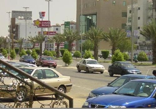 Tahlia Street Beautiful Places To Travel Jeddah Beautiful Places