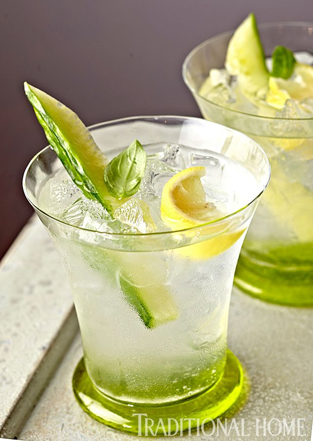 A vodka cocktail flavored with lemon, basil, and cucumber is perfectly refreshing. - Photo: Peter Krumhardt