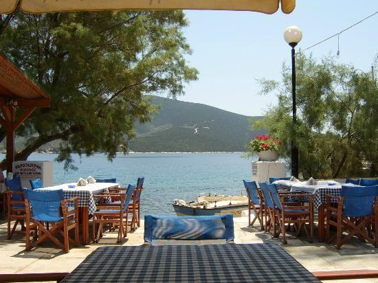 Diavlos Taverna, Trikeri Island, Pelion, Greece - Foto di Diavlos ...