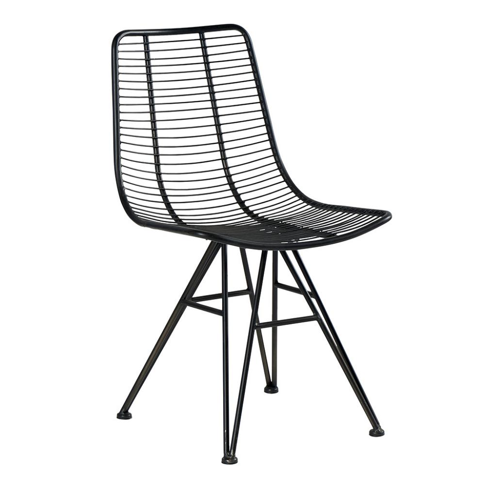 Chaise Au Design Industriel En Fer Noir A Petit Prix En 2020 Chaise Industrielle Chaise Metal Chaise
