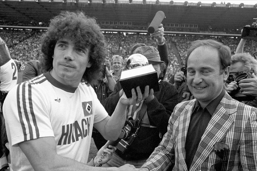 Kevin Keegan receives his first Ballon d'Or, 19 May 1979. | Kevin keegan, Ballon d'or, Football photography